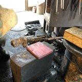 古式鍛錬から生まれる「鉄のケーキ」正行の玄翁はここから生まれます。