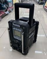 待望のマキタ新商品❕充電機能付きラジオMR300入荷しました❕❕